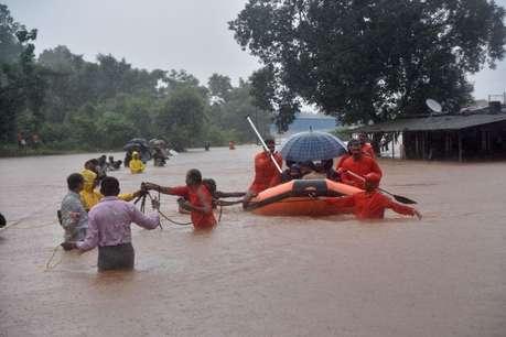 महालक्ष्मी एक्सप्रेस: एक तरफ सांप तो दूसरी तरफ सैलाब, यूं बीते यात्रियों के 17 घंटे