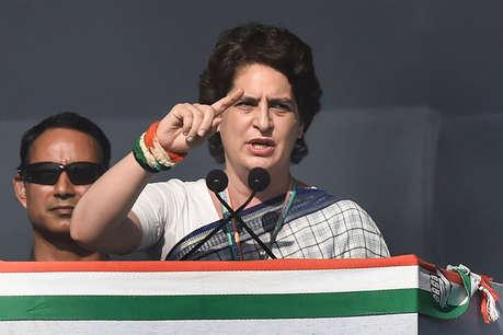 हार की जिम्मेदारी लेते हुए इस्तीफा दे रहे हैं पार्टी नेता तो इतनी आक्रामक क्यों हैं प्रियंका?