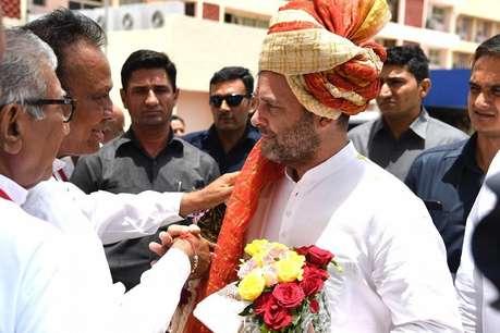 गुजरात पहुंचे राहुल गांधी, कहा- BJP-RSS से जारी रहेगी वैचारिक लड़ाई