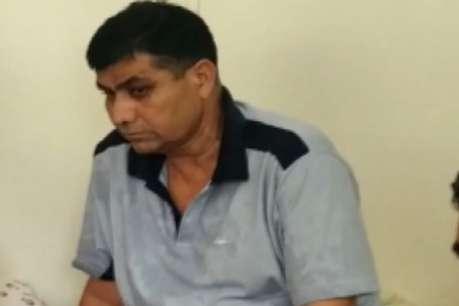नोखा का डीएसपी महमूम खान 50 हजार रुपए की रिश्वत लेते गिरफ्तार