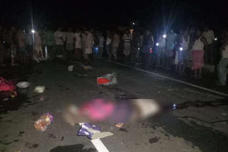 दुमका में रोड एक्सीडेंट में 3 कांवरियों की मौत 5 घायल, सभी बिहार के पूर्णिया के रहने वाले
