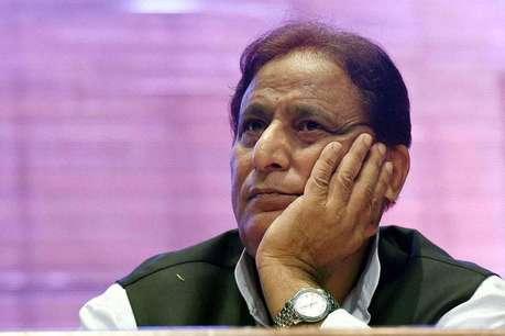 जौहर विवि के बाद अब संसद में भी बुरे फंसे आजम खान, तीन तलाक बहस के बीच सदन से निकले