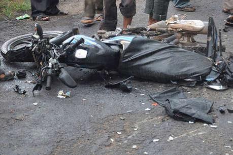 वाराणसी: सेल्फी लेने के चक्कर में बाइक दीवार से टकराई, दो किशोरों की मौत