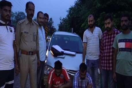 नशे के कारोबारी दो युवक चढ़े पुलिस के हत्थे, 7 ग्राम चिट्टा बरामद