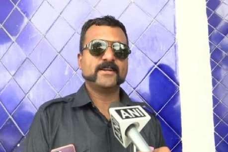 MP के पुलिसकर्मी ने रखी 'अभिनंदन कट' मूंंछ, कहा-असली हीरो को किया कॉपी