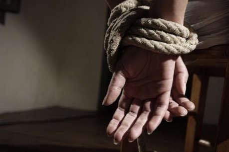 जमीन विवाद में युवक को घर से किया अगवा, तीन आरोपी पुलिस हिरासत में