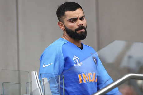 इंग्लैंड के पूर्व क्रिकेटर ने उड़ाया विराट कोहली का मजाक, फोटो पोस्ट कर मारा ताना