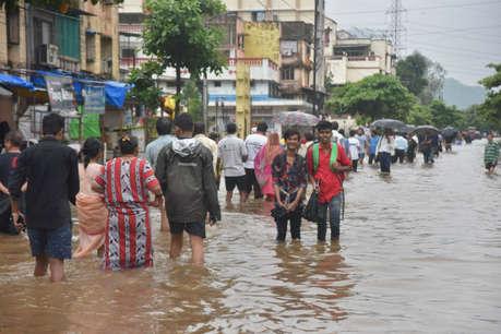 अभी कम नहीं होगी मुंबईकरों की आफत, फिर भारी बारिश की चेतावनी जारी