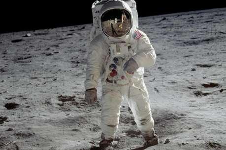 क्या चंद्रमा पर नील आर्मस्ट्रॉन्ग ने सुनी थी अज़ान, कबूल लिया था इस्लाम