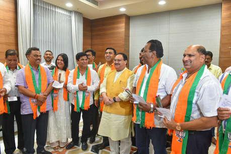 गोवा : पांच विधायकों में सिमटी कांग्रेस, 10 विधायक बीजेपी में हुए शामिल