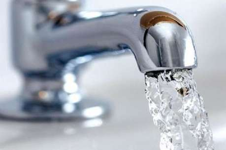रोज 48 अरब लीटर पानी की बर्बादी, हर तीसरा आदमी जिम्मेदार
