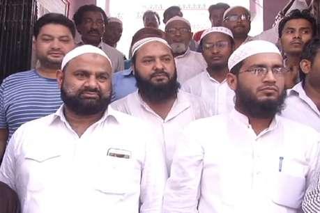 सोमवारी के लिए मुसलमानों ने बढ़ा दी 'कुर्बानी' की तारीख, 13 को मनाएंगे बकरीद