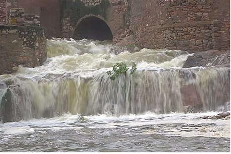 ताबड़तोड़ बारिश ने महज दस दिन में बदल डाली प्रदेश की सूरत, अब चारों तरफ पानी ही पानी