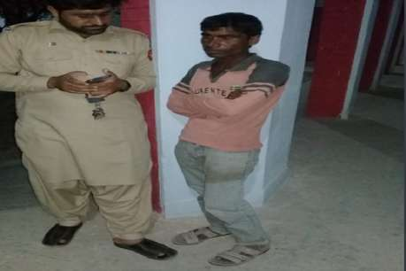 पाक ने किया भारतीय जासूस को पकड़ने का दावा, Lux Cozi अंडरवियर को बताया सबूत