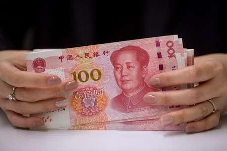 चीन के बुरे हुए हालत! 2010 बाद सबसे ज्यादा नीचे गिरी चीन की करेंसी