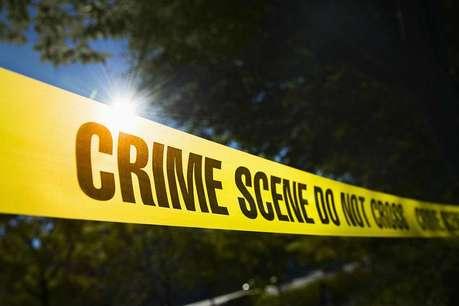 मां, बाप, पत्नी और बेटे की बीच सड़क पर हत्या कर खुद को मारी गोली
