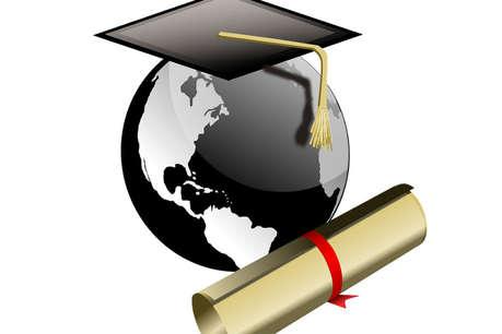 बिहार का ये कॉलेज बिना पढ़ाई के बांट रहा है शास्त्री, आचार्य की डिग्री
