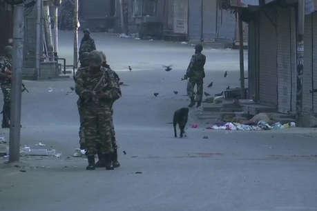 कश्मीर में 'शांति के लिए खतरा' बने 100 से अधिक नेता गिरफ्तार