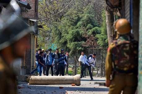 बड़ा खुलासा! पकड़े गए 83% आतंकवादी पहले कश्मीर में करते थे पत्थरबाजी