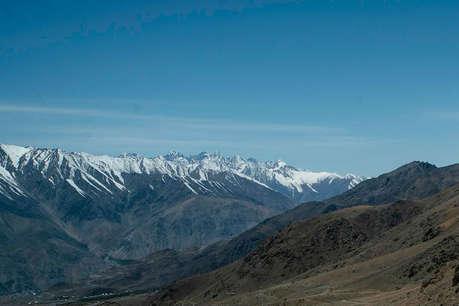 कश्मीर से हमेशा अलग होना चाहता था लद्दाख, जानें यहां की खूबियां
