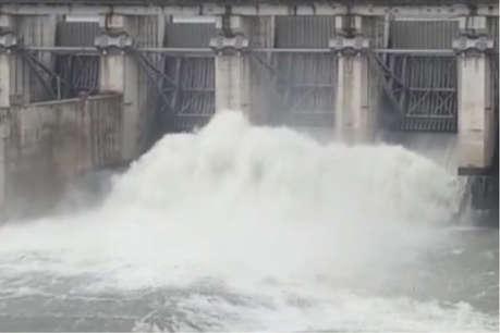 Alert:  कोटा बैराज के 16 गेट खोले, जाखम बांध छलका, बीसलपुर का जलस्तर पहुंचा 311.10 मीटर