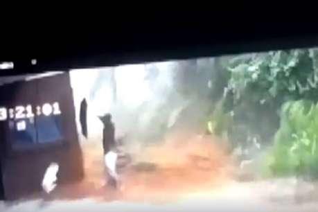 केरल बाढ़: आंखों के सामने बहा पूरा परिवार, खुद भागकर बचाई जान