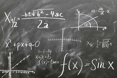 CBSE Exam 2020: मैथ्स में कमज़ोर स्टूडेंट्स के लिए खुशखबरी, 10वीं में होंगे मैथ्स के दो पेपर
