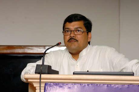 जानिए कौन हैं मुकुल वासनिक, जो राहुल के बाद संभाल सकते हैं कांग्रेस की बागडोर