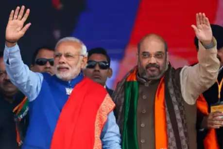 आर्टिकल 370 पर केंद्र को मिला BJP  के मुख्यमंत्रियों का साथ, PM मोदी-शाह को करेंगे सम्मानित