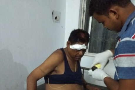 प्रेम प्रसंग का विवाद सुलझाने गई पुलिस टीम पर हमला, ग्रामीणों ने बंधक बनाकर पीटा