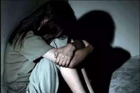 बेगूसराय में अधेड़ ने नाबालिग से किया जबरन रेप, पुलिस ने पीड़िता को थाने से भगाया
