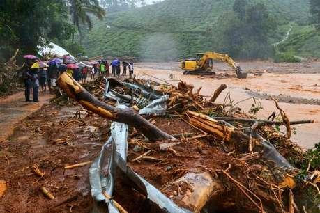 बारिश और बाढ़ से कई राज्यों की स्थिति बिगड़ी, केरल में अब तक 45 लोगों की मौत