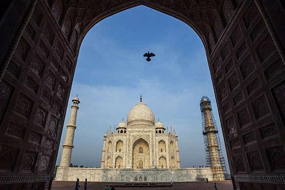 Video: 'ताजमहल को डायनामाइट से उड़ाना लगभग तय'