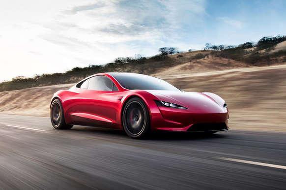 टेस्ला ने पेश की पहली इलेक्ट्रिक स्पोर्ट्स कार, 2 सेकेंड में ही पकड़ेगी 100 की रफ्तार