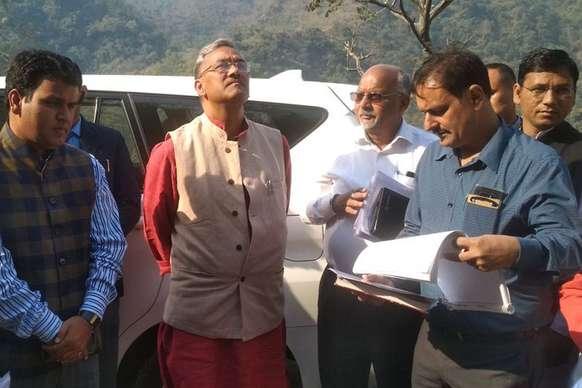 पहली बार कोई CM मुमंत्री सड़क से पहुंचा गैरसैंण, श्रीनगर में चौरास पुल का लोकार्पण