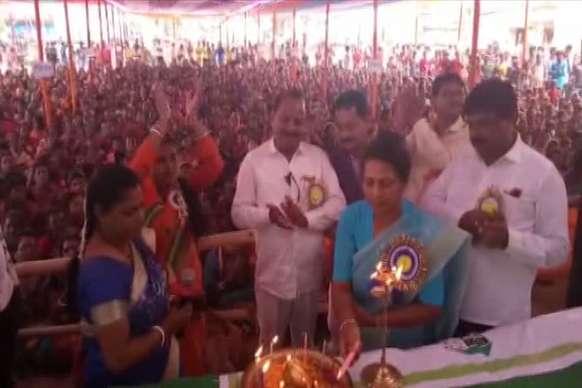 VIDEO: 'राज्य सरकार महिलाओं को आत्मनिर्भर बनाना चाहती'