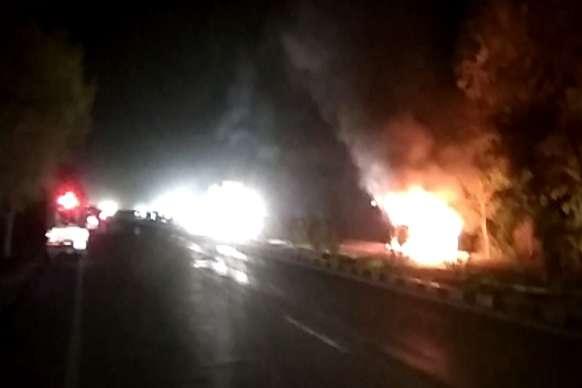 धौलपुर में चलती स्कार्पियो में लगी आग