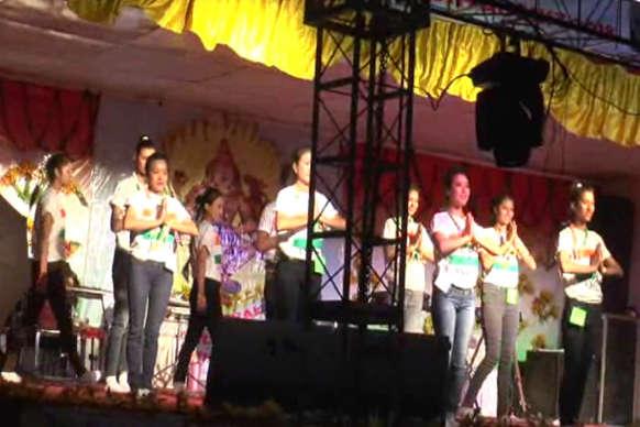 VIDEO: जनजातीय उत्सव की पहली संध्या वॉयस और क्वीन ऑफ हिल्स के नाम रही