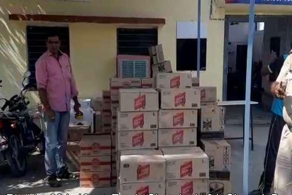 सीमेंट की आड़ मे गुजरात ले जाई जा रही 7 लाख की शराब बरामद