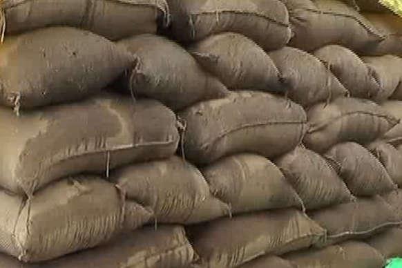 पे-थाई की बारिश के चलते किसानों की मुश्किलें बढ़ीं, बालोद में धान खरीदी केंद्र ठप
