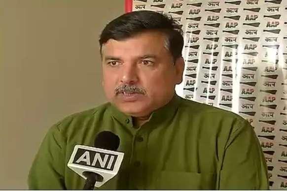 संजय सिंह ने साधा योगी पर निशाना,कहा-गलत नीतियों से गई निर्दोष पुलिसकर्मी की जान