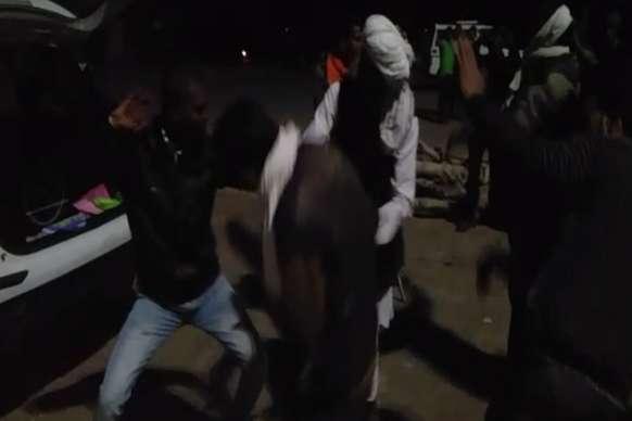 VIDEO: दौसा में डीजे पर जमकर नाचे गुर्जर आंदोलनकारी