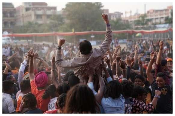 'झुंड' में फुटबॉल कोच बनेंगे अमिताभ बच्चन, 'सैराट' की रिंकू भी आएंगी नज़र