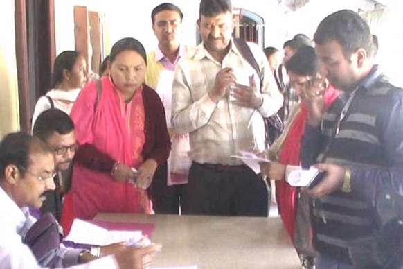 VIDEO : अल्मोड़ा में बोर्ड परीक्षाओं की उत्तर पुस्तिकाओं का मूल्यांकन कार्य शुरू