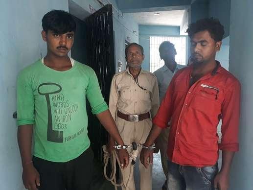 नालंदा: वोटरों को 'बहकाने' के लिए लाई जा रही थी शराब,  4 थानों की पुलिस ने धावा बोल 2 को किया गिरफ्तार