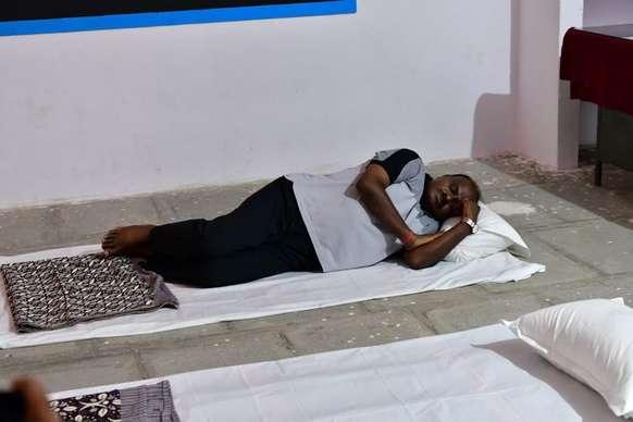 गांव यात्रा पर निकले कुमारस्वामी बोले- रोड पर भी सो सकता हूं