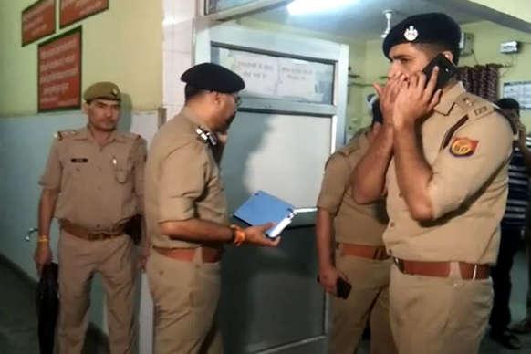 पुलिस मुठभेड़ में 1 लाख का इनामी बदमाश ढेर, साथी भी मारा गया