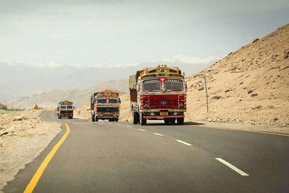 बड़ी खबर! LNG ट्रक-बस पर कस्टम ड्यूटी हटा सकती है सरकार