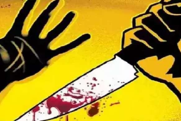 विवाद में युवती पर धारदार हथियार से हमला कर काटा हाथ