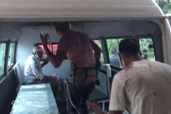 कोबरा बटालियन के जवानों से भरा वाहन पलटा, 6 से ज्यादा घायल